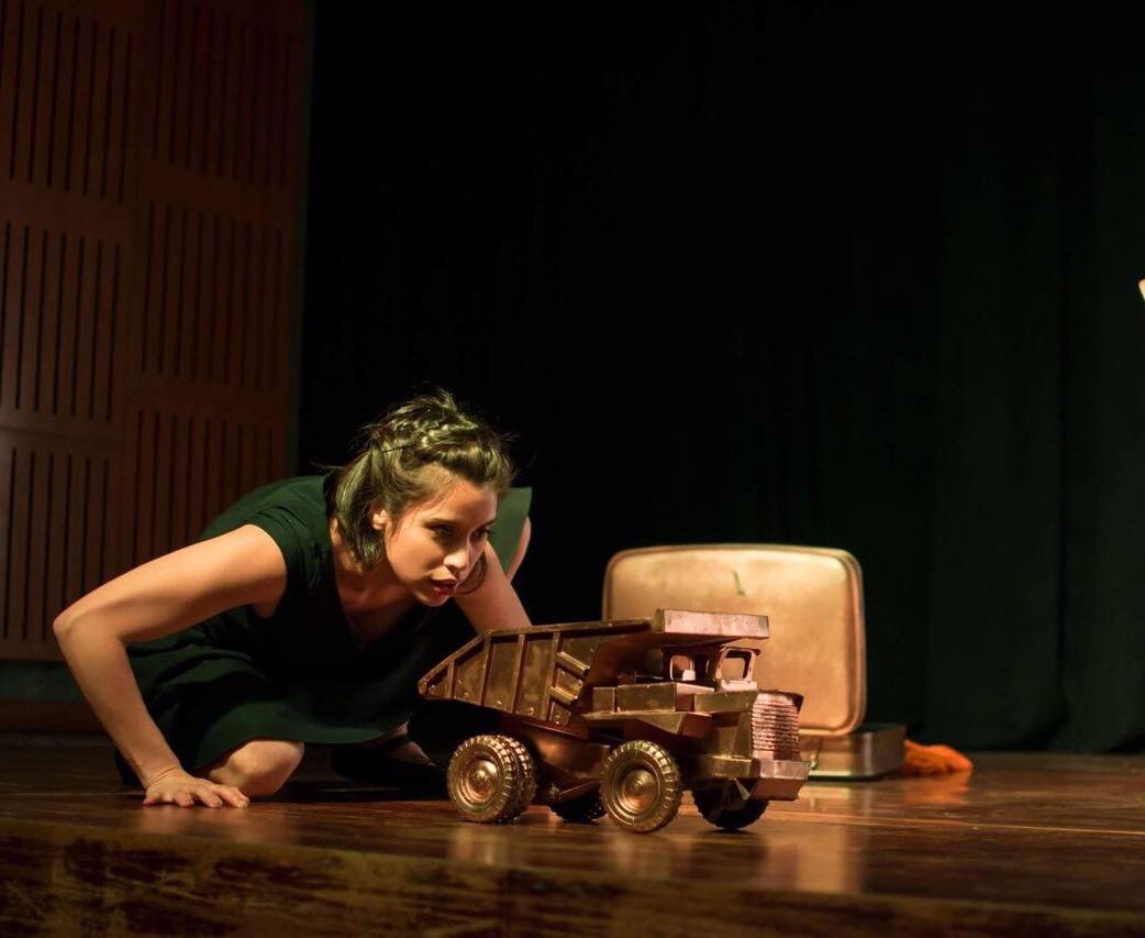 "Debuta en la sala La Comedia ""Mina"", la obra que explora el universo de la mujer minera del norte de Chile"