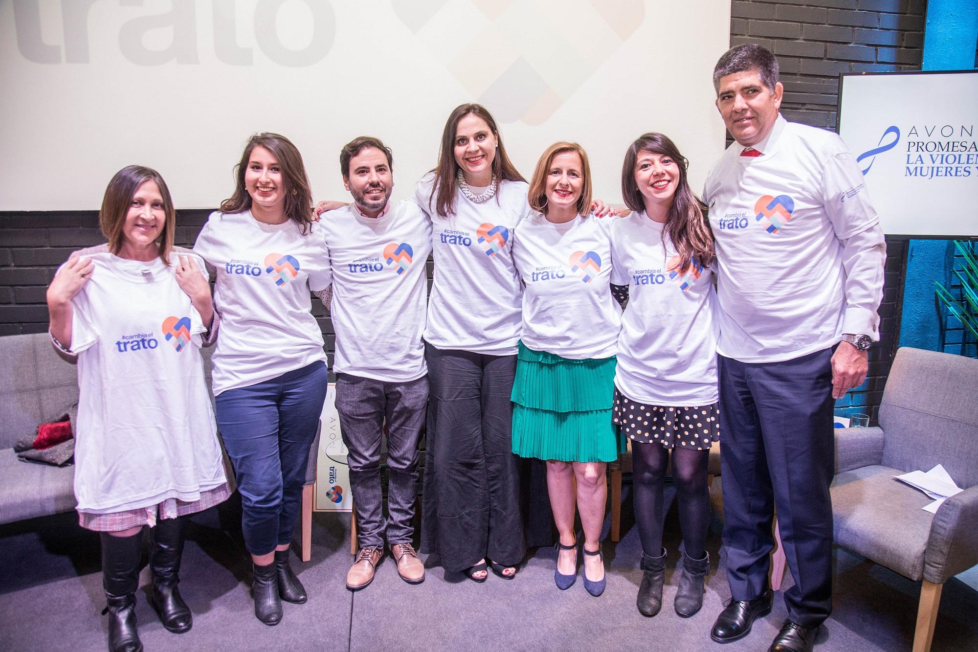 Avon amplifica en Chile #CambiaElTrato, la campaña en que hombres visibilizan la violencia contra las mujeres