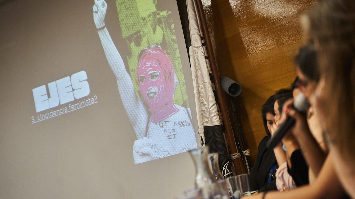 Mujeres y comunicaciones, análisis del estallido social desde la perspectiva feminista